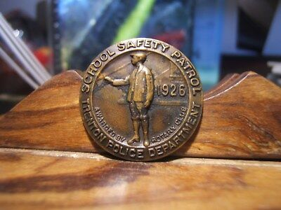1926 SCHOOL SAFETY PATROL - TRENTON POLICE DEPTARTMENT Medal Awared by ROTARY C