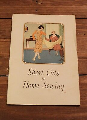 Short Cuts to Home Sewing 1926 Singer Sewing Machine  Great Condition