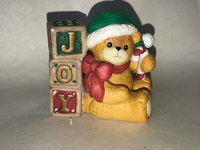 1994 Lucy & Me Teddy Bear Figurine Christmas Joy Toy Blocks Green Santa Hat