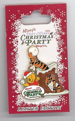 WDW Disney Mickey's Very Merry Christmas Party Pooh & Tigger Snowball Fight Pin