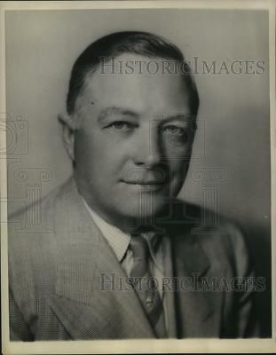 1943 Press Photo TE Braniff head of Braniff Airways ready to grow the business