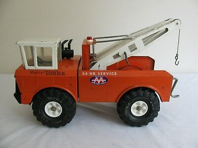 Vintage 1974-75 Tonka Toys Mighty Double Boom Orange AA Wrecker Tow Truck #3915