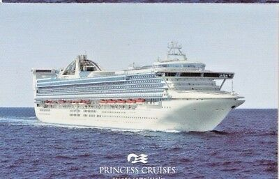 3 NEW Golden  Princess Cruise Line New Postcards