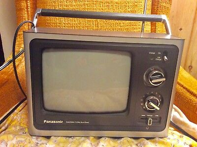Vintage 1982 Panasonic Solid State  TV Television TR-779 3 way sure power