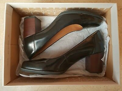 5c836e4c3c36 CLARKS LADIES TARAH Sofia Black Leather Mid Heels Court Shoes Uk 7 D Worn  Once! - EUR 38