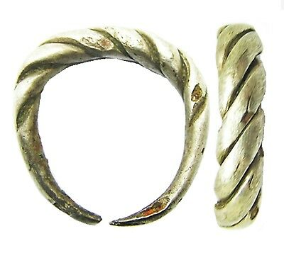 9th - 10th century A.D. Ancient Scandinavian Viking Silver Oath / Wedding Ring