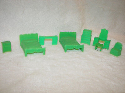 Plastic Doll House Furniture Twins  Bedroom Green  8 Piece Marx Vintage