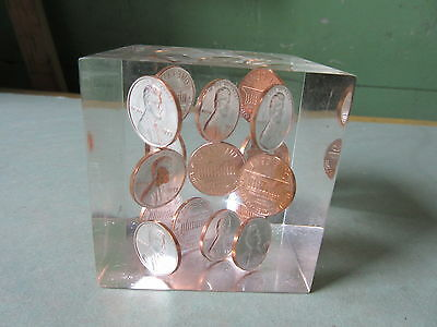 Old Vintage 1973 Lucite US One Cent Penny Coin Paperweight Cube