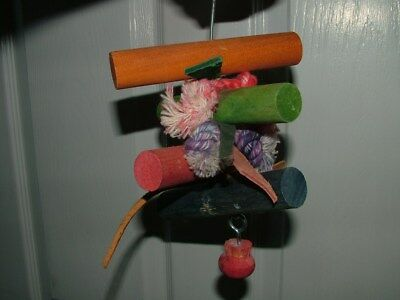 Parrot Toy Wood & Leather, can comb p&p
