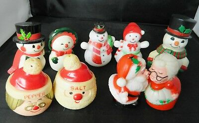 LOT of SALT & PEPPER SHAKERS VINTAGE CHRISTMAS plastic SNOWMAN & SANTA Sets