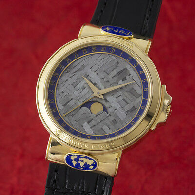 Corum Meteorite 18k (0,750) Gold Mondphase Herrenuhr Ref. 81.450.56