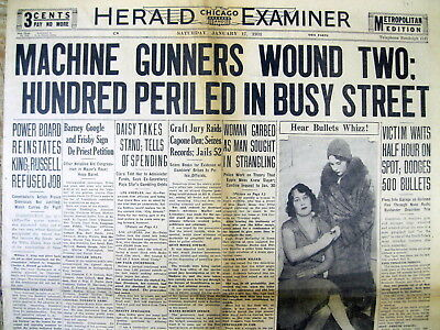 <1931 newspapers CHICAGO OUTFIT GANGSTERS MACHINE GUN CROWDED STREET Al Capone