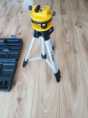 Surveyors tripod extends to nearly 6ft
