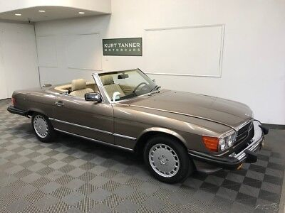 1989 Mercedes-Benz 500-Series 560 SL CONVERTIBLE 1989 MERCEDES BENZ 560SL. DESERT TAUPE ON CREME BEIGE TRIM. 45,993 ORIGINAL MILE