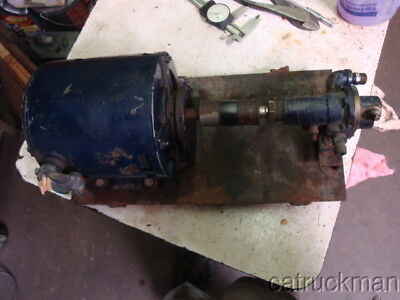 Small Oberdorfer Bronze Gear Pump w/ 1/3 HP GE Motor  --- positive displacement