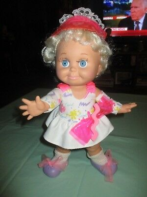 Vintage 1990 LEWIS GALOOB BABY FACE DOLL SO SWEET SANDI Dress Diaper Visor Shoes