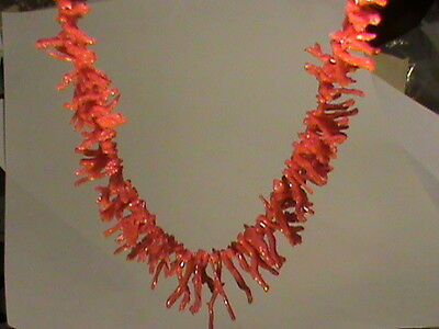 AMAZING Natural Mediteranean RED Coral Graduated Strand 19 Inch appx 265 Pieces