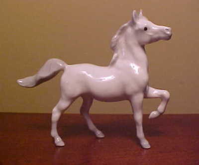 Hagen-Renaker Mini #297 ARABIAN MARE LEG UP - Miniature Ceramic Horse Figurine