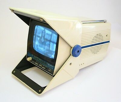 Iconic And Rare Quasar Xp1748H Vintage Bw Television Am/fm  Space Age - Working
