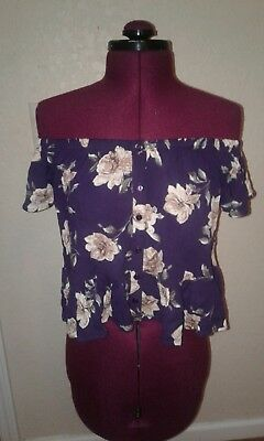c7da160e5a66b4 IVY AND MAIN tillys off the shoulder top purple white floral small ...