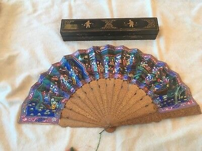 Antique Chinese Mandarin 1000 Faces Hand Painted and Sandalwood Fan box CHINA