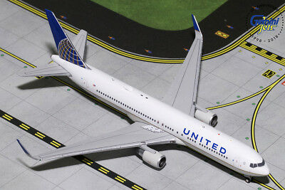 Gemini Jets United Airlines Boeing 767-300Er(W) 1:400 Gjual1800 In Stock