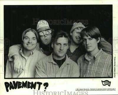 1995 Press Photo Five members of the band Pavement? - sap40727