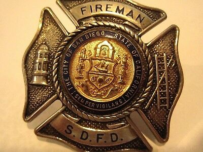 """Obsolete Badge """" FIREMAN """" San Diego Calif FIRE DEPARTMENT City Seal > STERLING"""