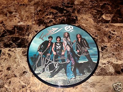 """The Darkness Rare Signed 7"""" 45 Vinyl Record Picture Disc Love Is Only A Feeling"""