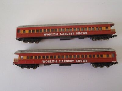 Model Trains N Scale 2 Carriages Observation Reduced