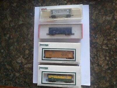 Model Trains N Scale 4 Freight Cars In Boxes
