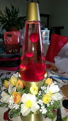 Vintage Lava Lamp with Flowers