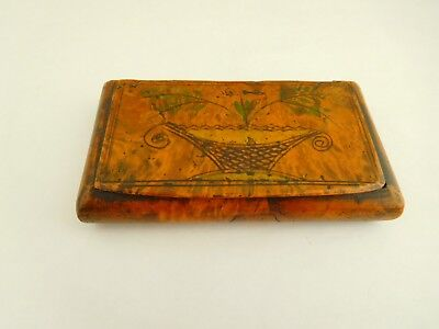 Good Example Of An 18Th Century Burr Walnut Hand Painted Snuff Box
