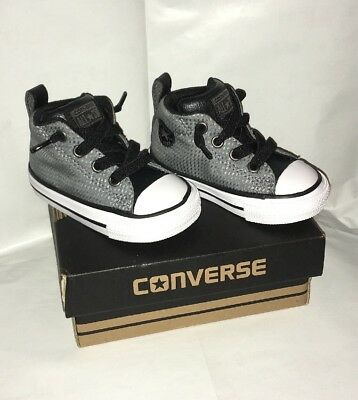 Baby Boys/Girls Grey & Black Converse. 4 Infant. New In Box. Christmas Gift?