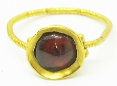 Late Roman Thetford Type Gold & Garnet Finger Ring c. early 5th century A.D.