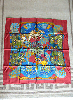 Superbe carré en soie Hermès   magnificent silk scarf vibrant colours 90x90 c971791d00d