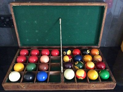 Vintage Billiard & Snooker Ball In Old Timber Case
