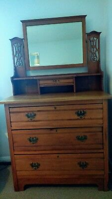 (Guildford) Antique dressing table with 4 drawers & mirror