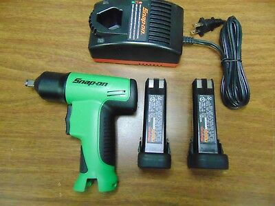 New Green Snap On Tools 3/8 Cordless Impact Socket Wrench Charger 2 Batteries