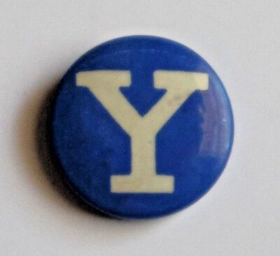 Original Vintage Yale University College Blue & White Pin Button