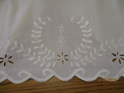 """Vintage white cotton pillowcases with mbroidery 34""""x22"""""""