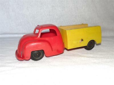 """1950s Vintage RED & YELLOW TOY UTILITY TRUCK Processed Plastic Co. 9-3/4"""" Aurora"""
