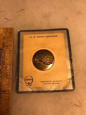 WW2 US Tank Destroyer Collar Disk On Original Gemsco Card (B190