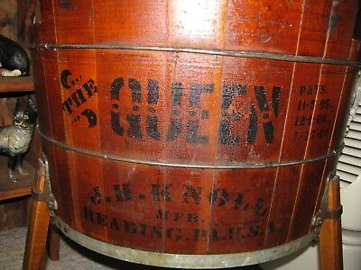 ANTIQUE WOODEN WASHING MACHINE / THE QUEEN mfg READING Pa. 1909