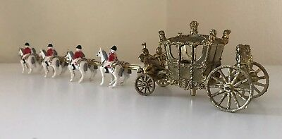 Vintage Diecast Queens Coronation Horses And Gold Carriage Royalty By Crescent