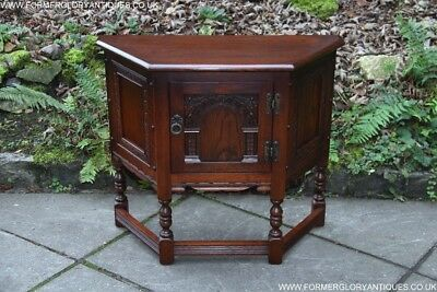 Old Charm Tudor Oak Canted Cabinet Sideboard Dresser Base Hall Lamp Phone Table