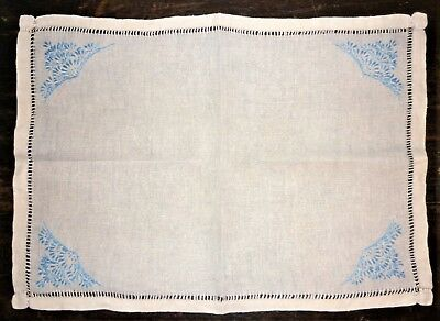 Vintage/retro C1930's-40's English Blue/natural Hand Embroidered Linen Traycloth