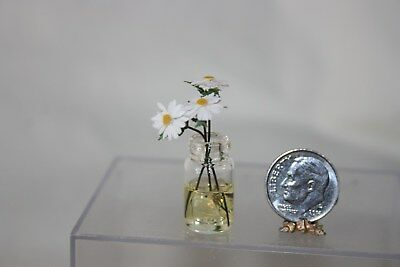 Miniature Dollhouse Artisan Daisy Flowers in Clear Glass Jar w Water 1:12 NR