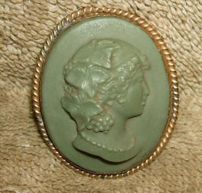 "Victorian ""Grand Tour"" High Relief Lava Cameo Gold Brooch"