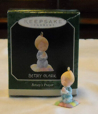 Hallmark Keepsake Betsey Clark Betsey's Prayer Miniature Angel Ornament 1998